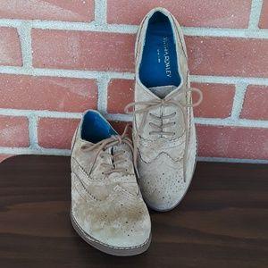 Like New Cynthia Rowley leather Hazel Oxfords sz 7